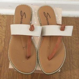 Seven7 sandals